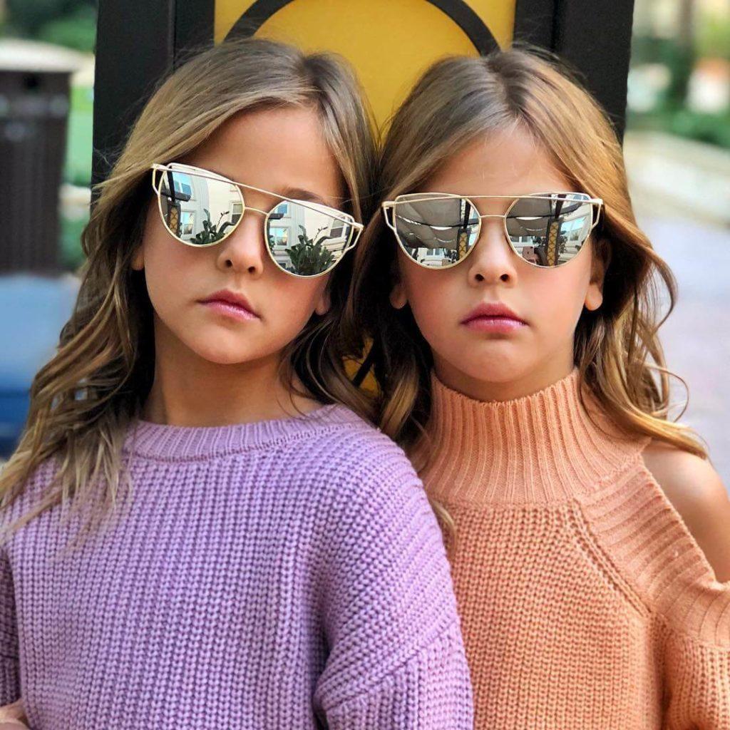 """Les """"plus belles jumelles du monde"""" ont bien grandi aujourd'hui"""