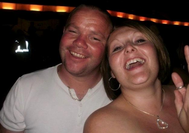 Un homme quitte sa femme pour sa sœur, sans savoir qu'elle a gagné à loterie quelques instants auparavant